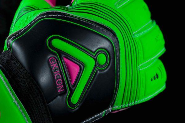 Krypton GK Icon Goalkeeper Glove Close up 2017